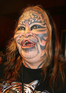 Stalking Cat (Dennis Avner)