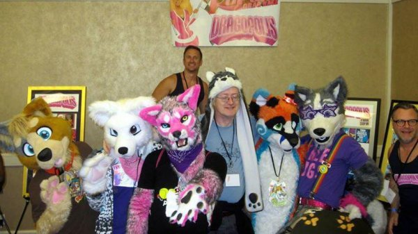 Dragopolis and furries at GaymerX